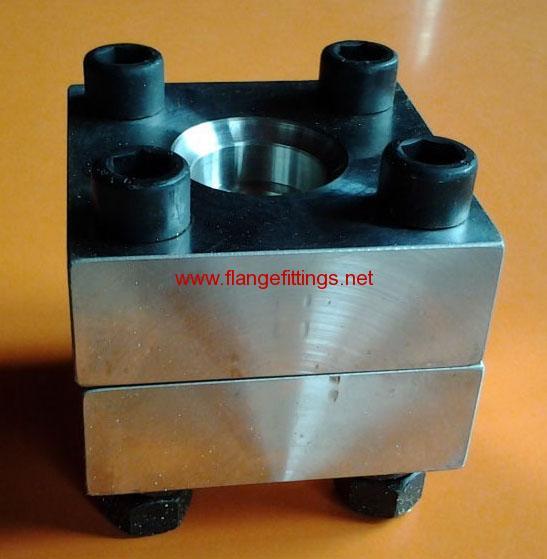 hydraulic flange
